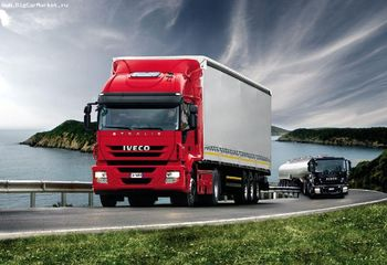 2013-08-15-iveco-red-8.jpg