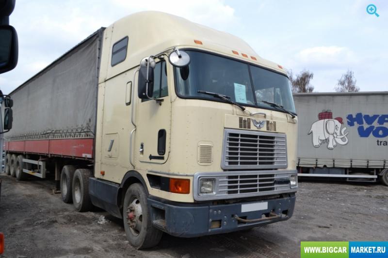 седельный тягач International 9700