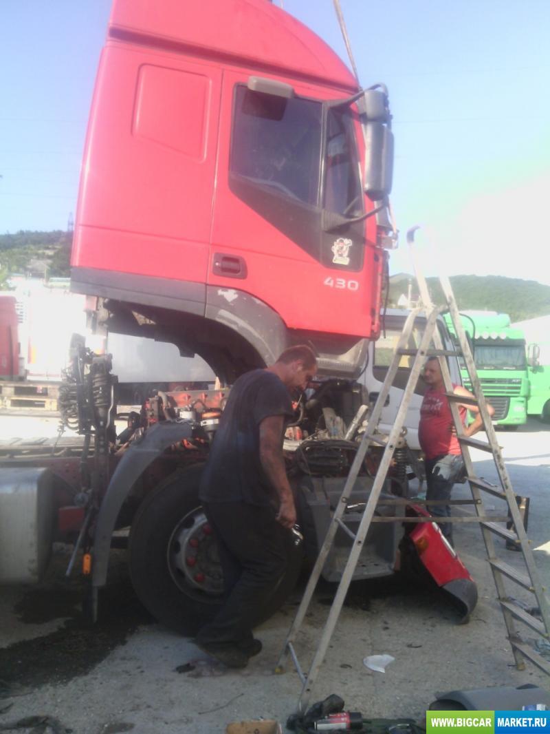 седельный тягач Iveco Stralis