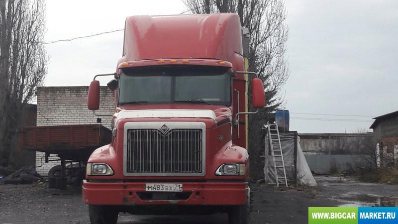 седельный тягач International 9200